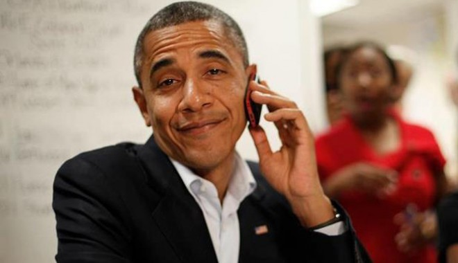 obamaonphone-1352676724
